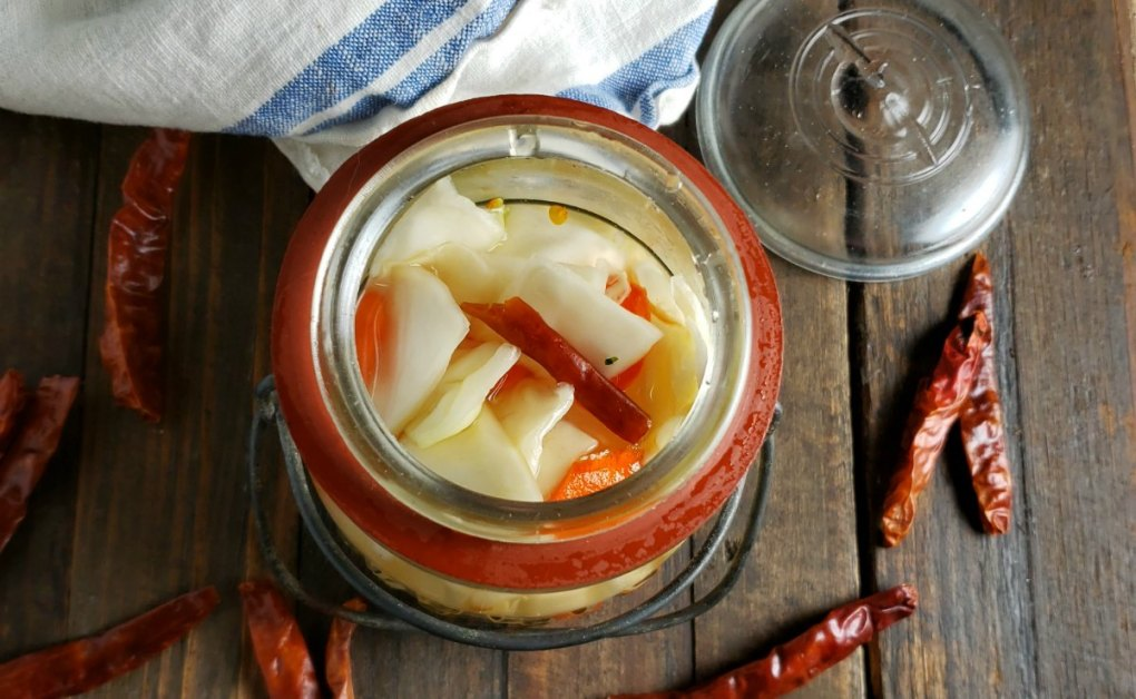 Quick Asian Pickled Cabbage