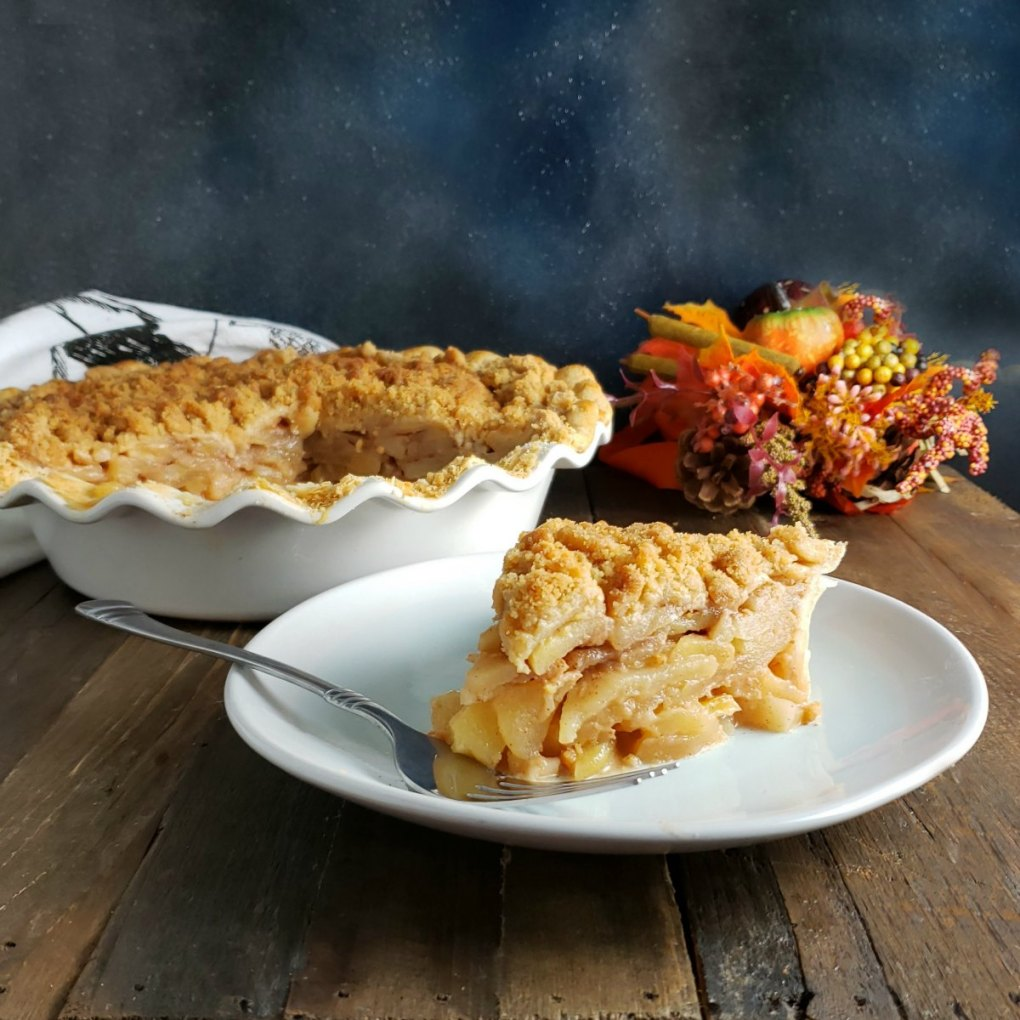 Pennsylvania Dutch Apple Pie