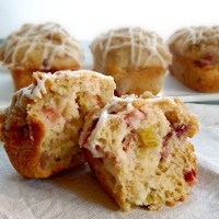"Strawberry Rhubarb ""Baby"" Cakes"