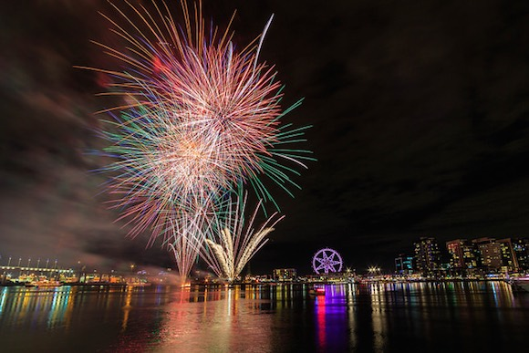 Fireworks photo by Scott Cresswell