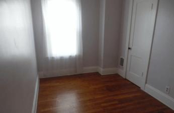 Right Bedroom 1