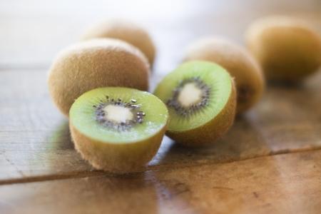 キウイは栄養が豊富だけれど食べ過ぎると体に害はあるの?