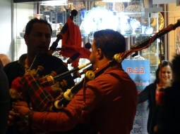 Who knew bagpipes were a Jordanian think too??