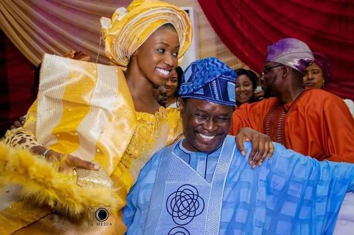 Darasimi Mike Bamiloye and her dad at her traditional wedding