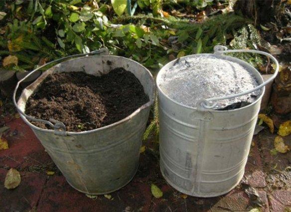 Древесная зола и компост