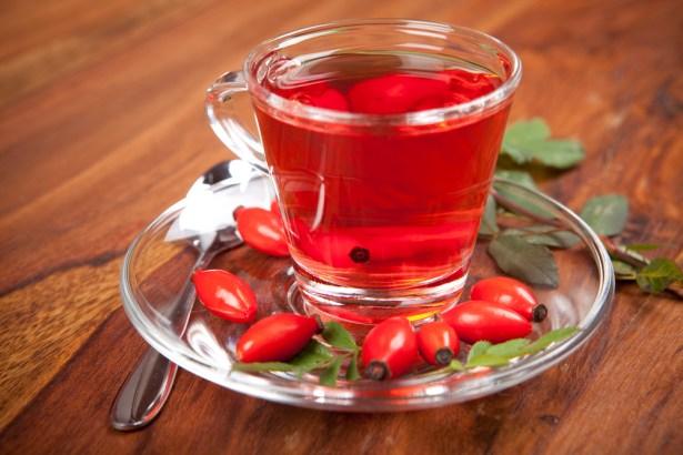 Чай из свежего шиповника