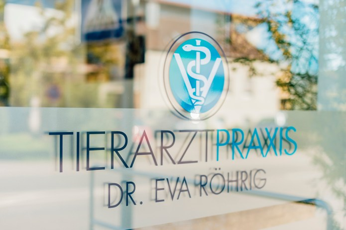 tierarztpraxisweinstadt92458345211