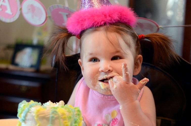 first birthday cake smash portrait session