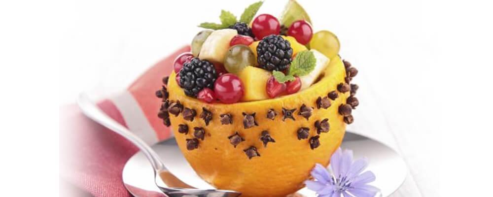 Naranjas con macedonia de frutas