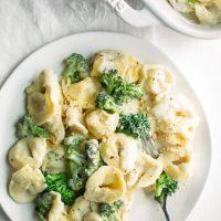 Creamy Broccoli Tortellini Pasta Bake