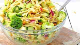 Sweet Broccoli Apple Salad