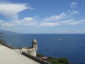 Cạnh Viện Hải Dương học ở Monaco