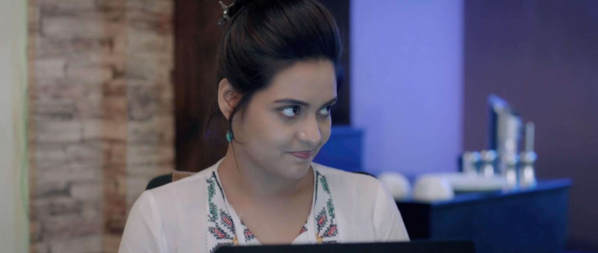 KAYA The Mystery Unfolds 2021 Bengali Movie 1080p WEB DL x264 AAC.mp4 snapshot 00.07.22.125