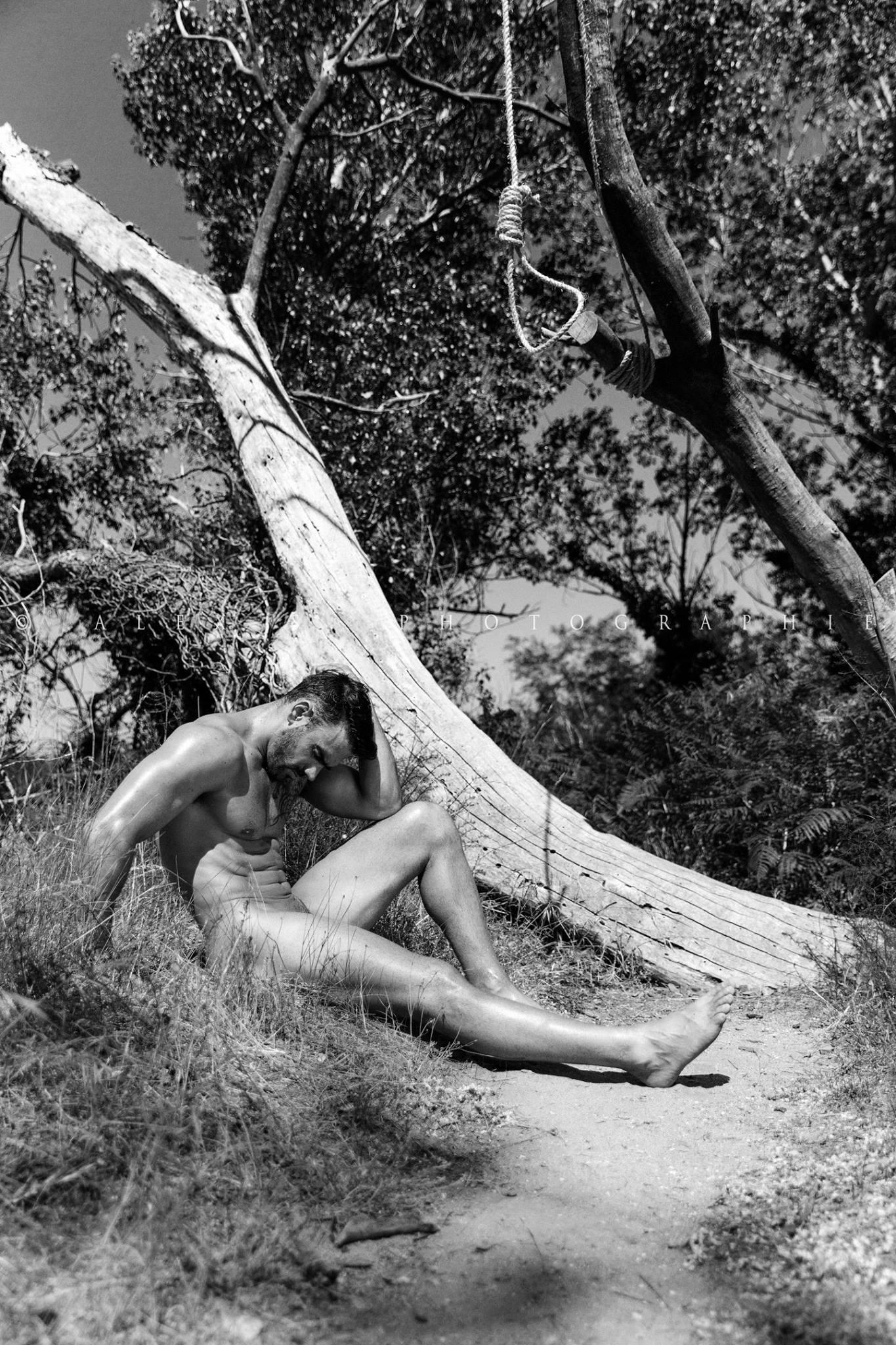 Jess Vill by Alexis Salgues
