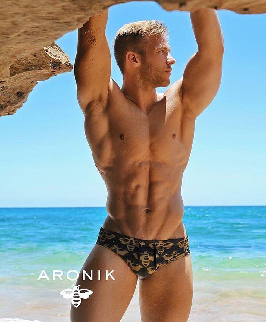 Aaron Kuttler by Edwin Lebron for Aronik
