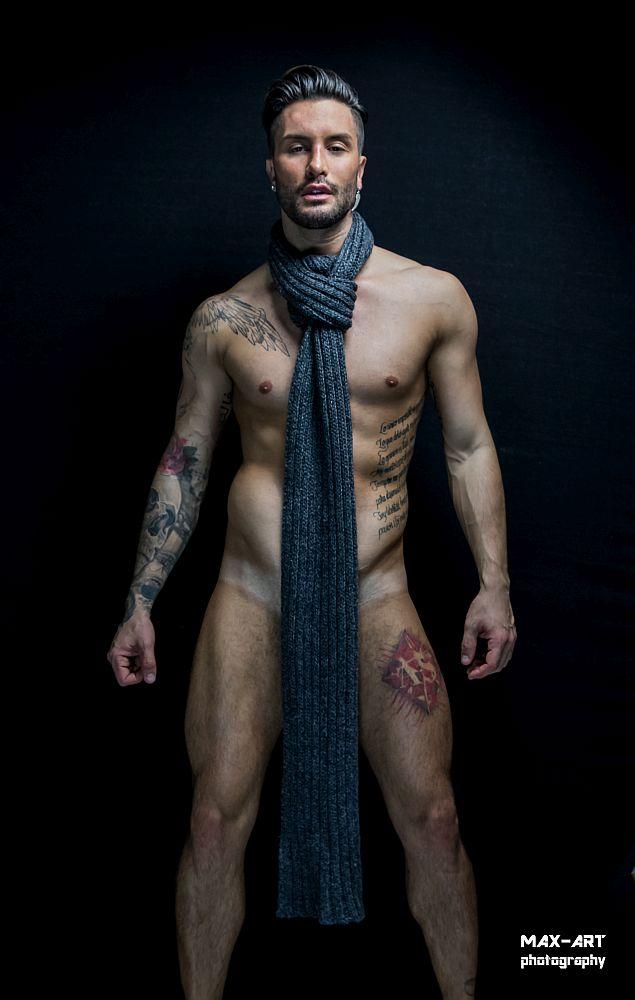 Andrea Suarez by Max Art Photography
