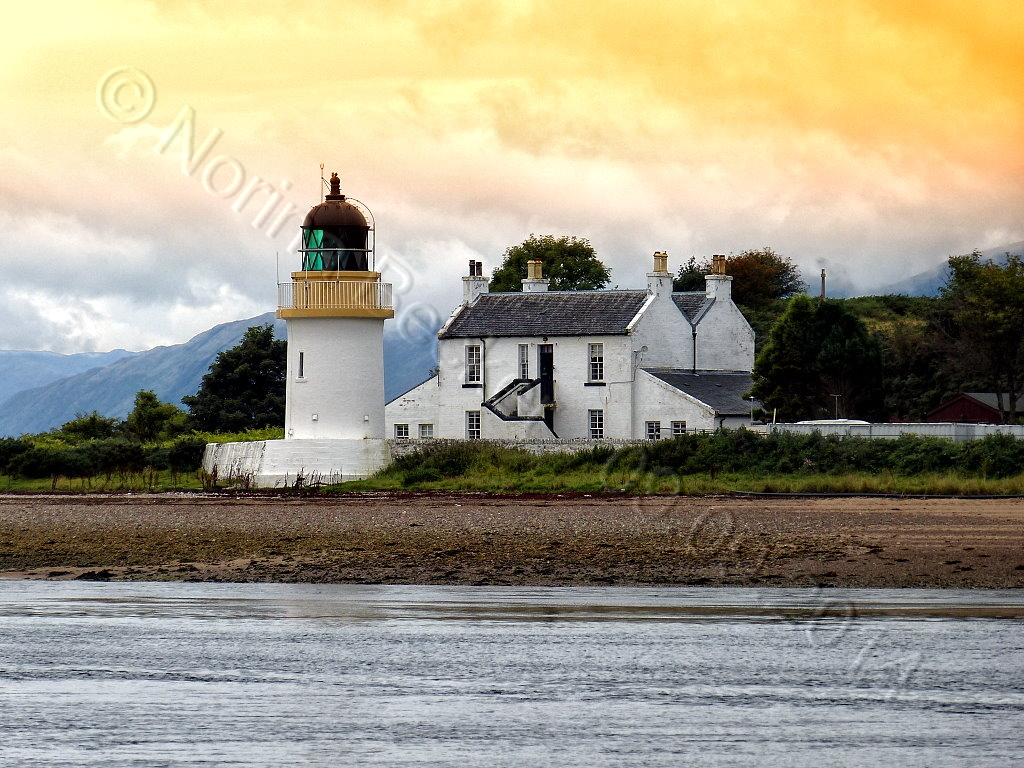 Corran Lighthouse2