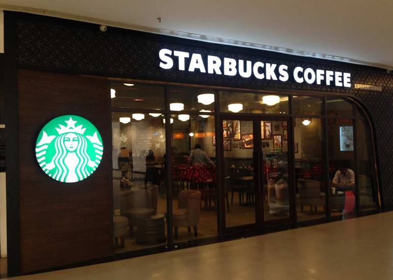 Starbucks InOrbit Mall, Mumbai, India