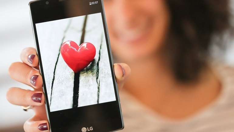 love dating app hero