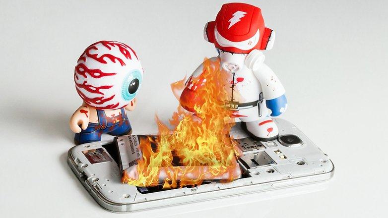 Смартфон AndroidPIT в огне