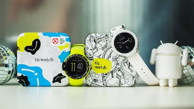 AndroidPIT ticwatch e ticwatch s smartwatch android wear wearables 8083