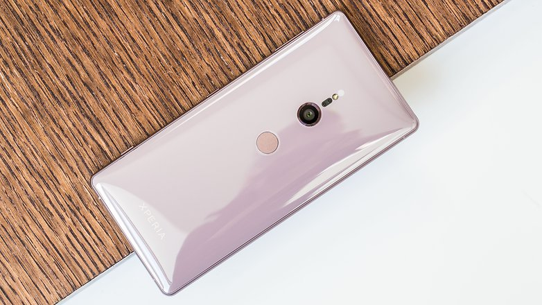 AndroidPIT sony xperia xz2 back h5c
