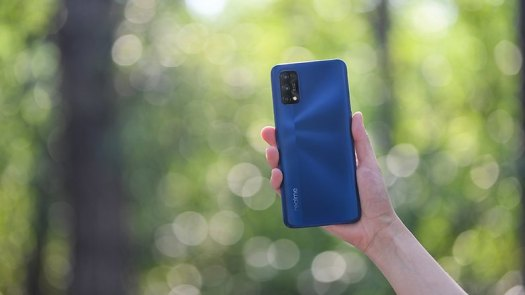 realme 7 Pro Mirror Blue 1