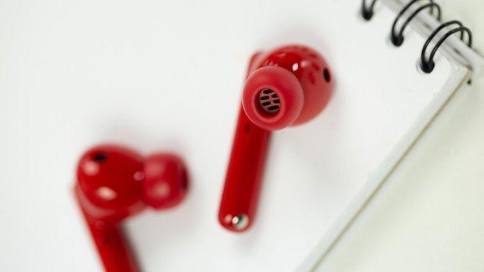 NextPit Huawei Freebuds 4i detail