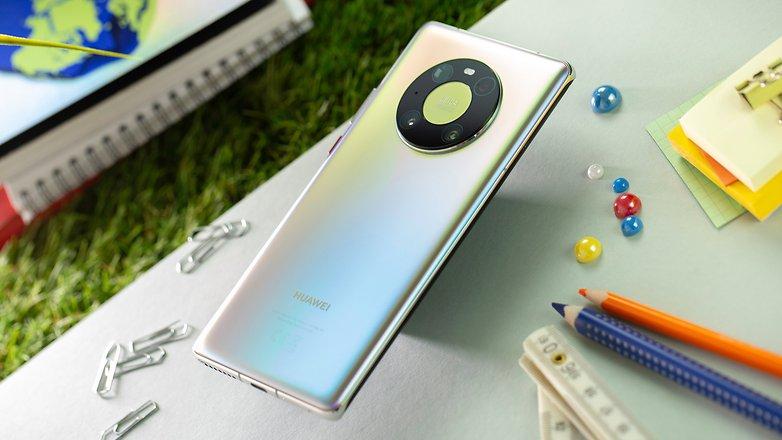 NextPit Huawei Mate 40 Pro back