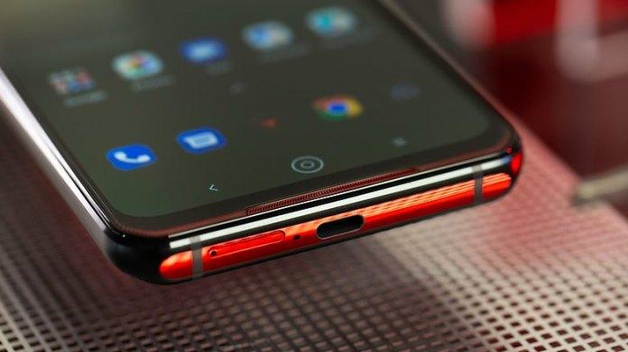 NextPit Lenovo Phone Duel L79031 usb speaker