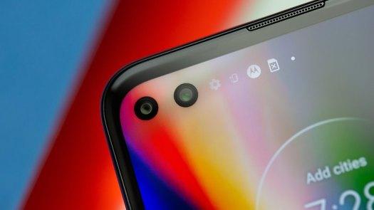 NextPit Motorola Moto G 5G Plus front camera