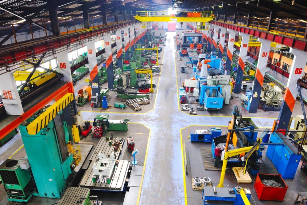 Manufacturers Make a Big Bet on Field Service