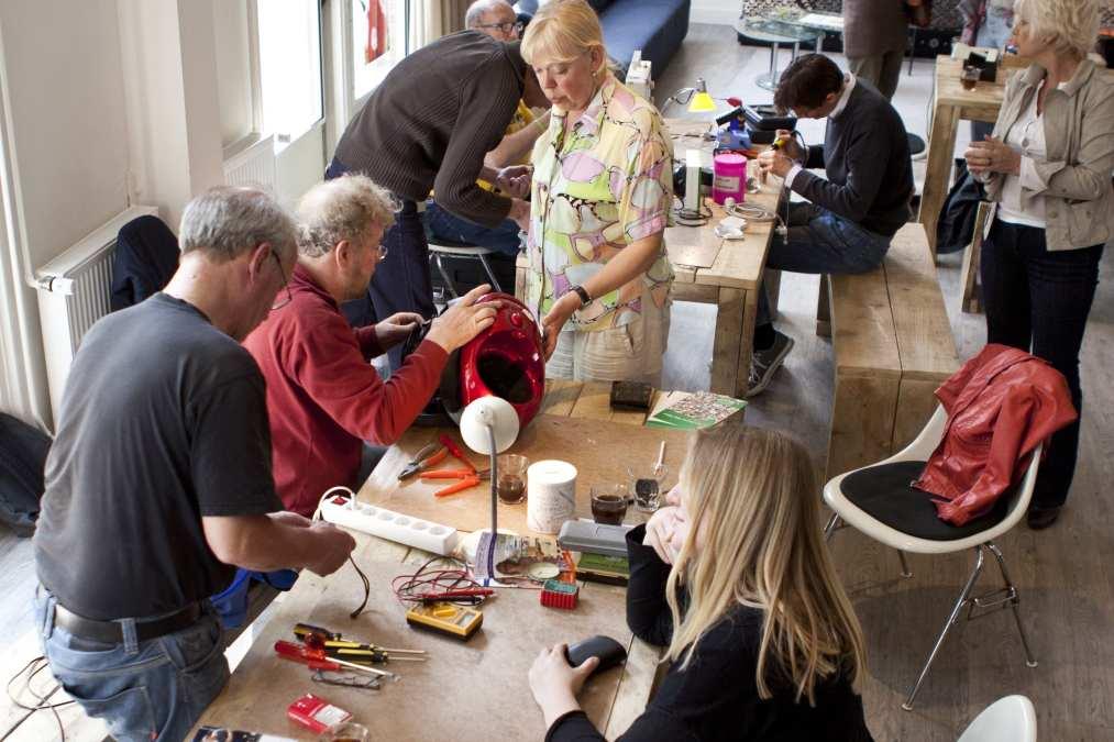 Repair Cafés Are Saving Broken Gadgets — and the Planet