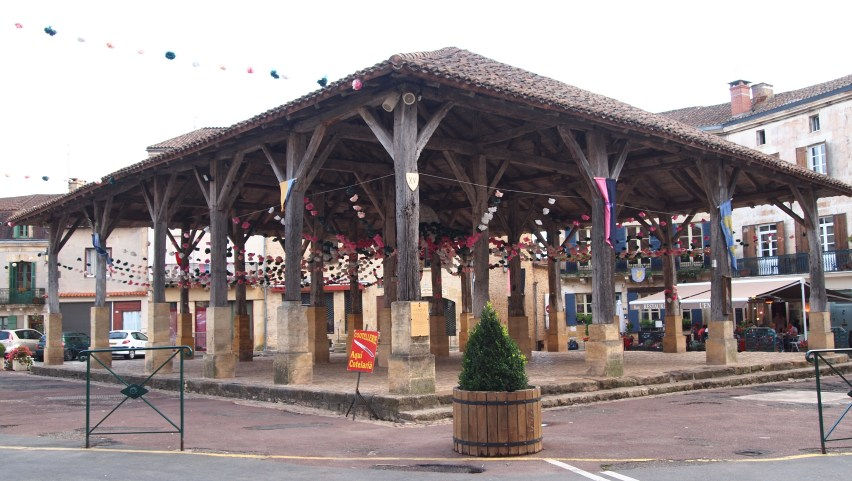 Plaza de armas de Belves