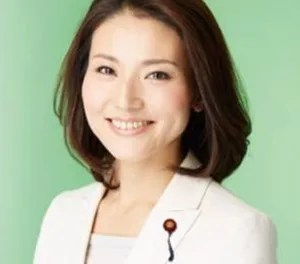 金子恵美 画像