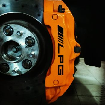 6-piston-big-brake_3_ford_focus