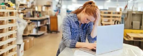 stressed woman at work GettyImages 509296942 5807ca7c5f9b5805c2cb8ad5 Olumsuz duyguları kucaklamak aslında olumlu bir etkiye sahip