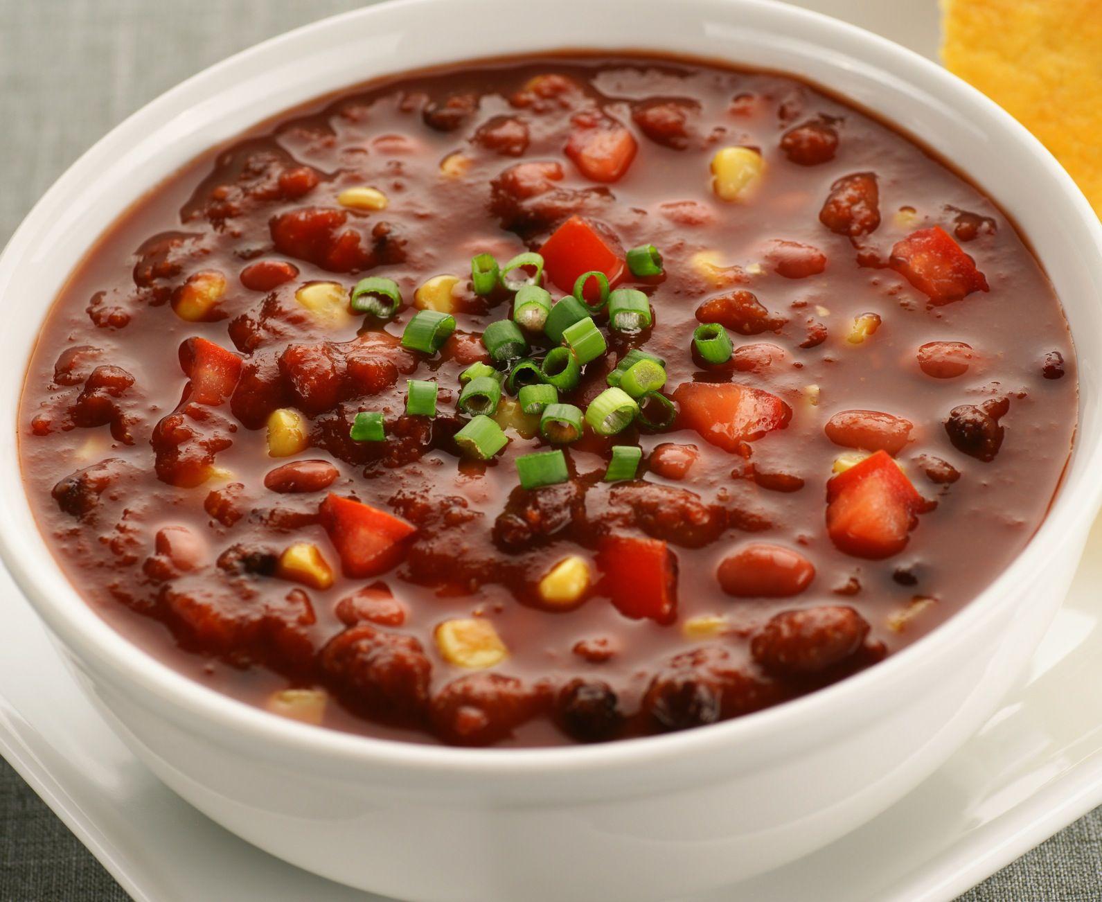 Super Easy Vegetarian Chili Recipe (Vegan, Gluten-free
