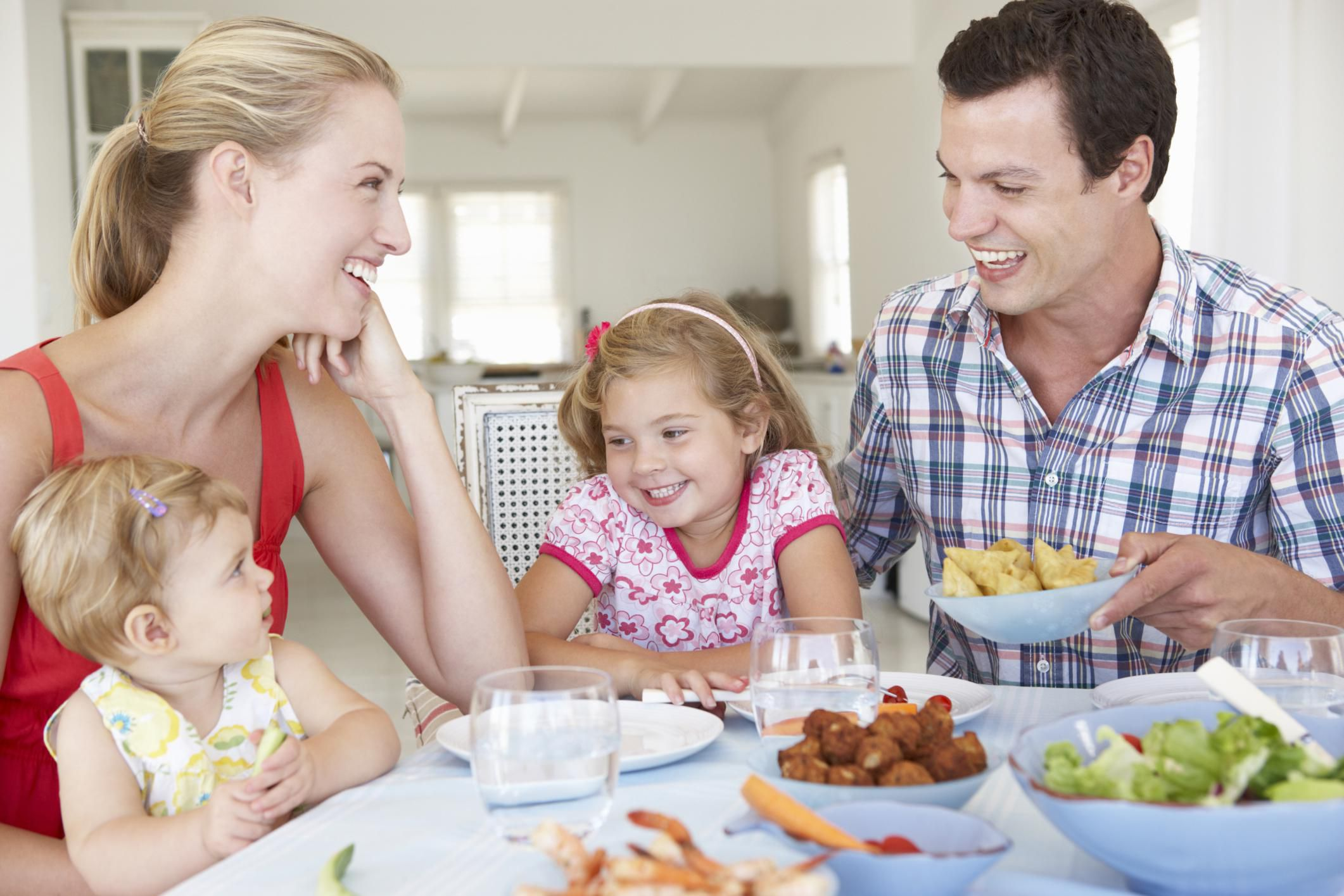 Good Table Manners To Teach Your Kids Today