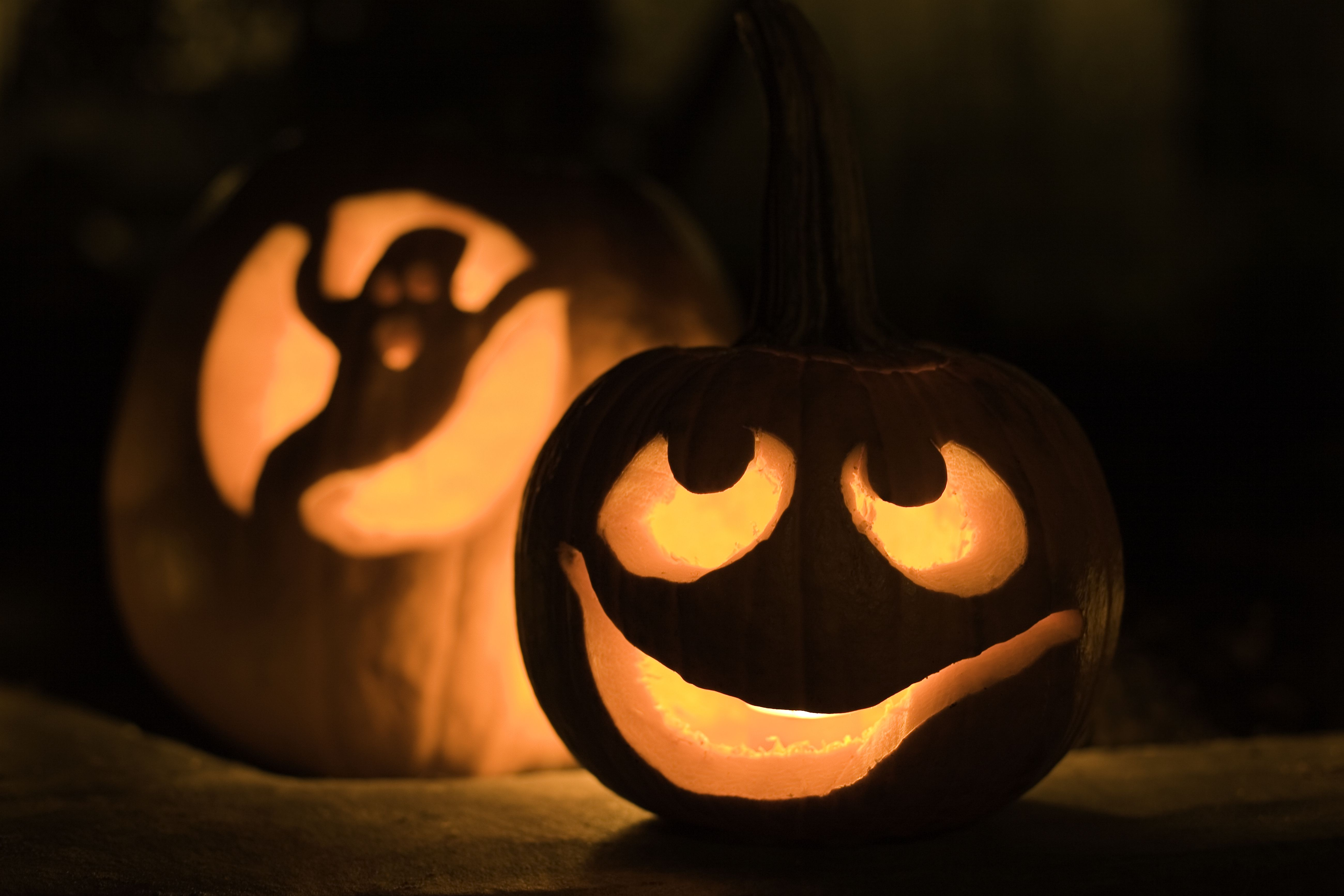 Celebrate A Fun Team Building Halloween In The Office