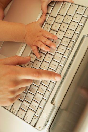 Facilitated Qwerty Communication Keyboard