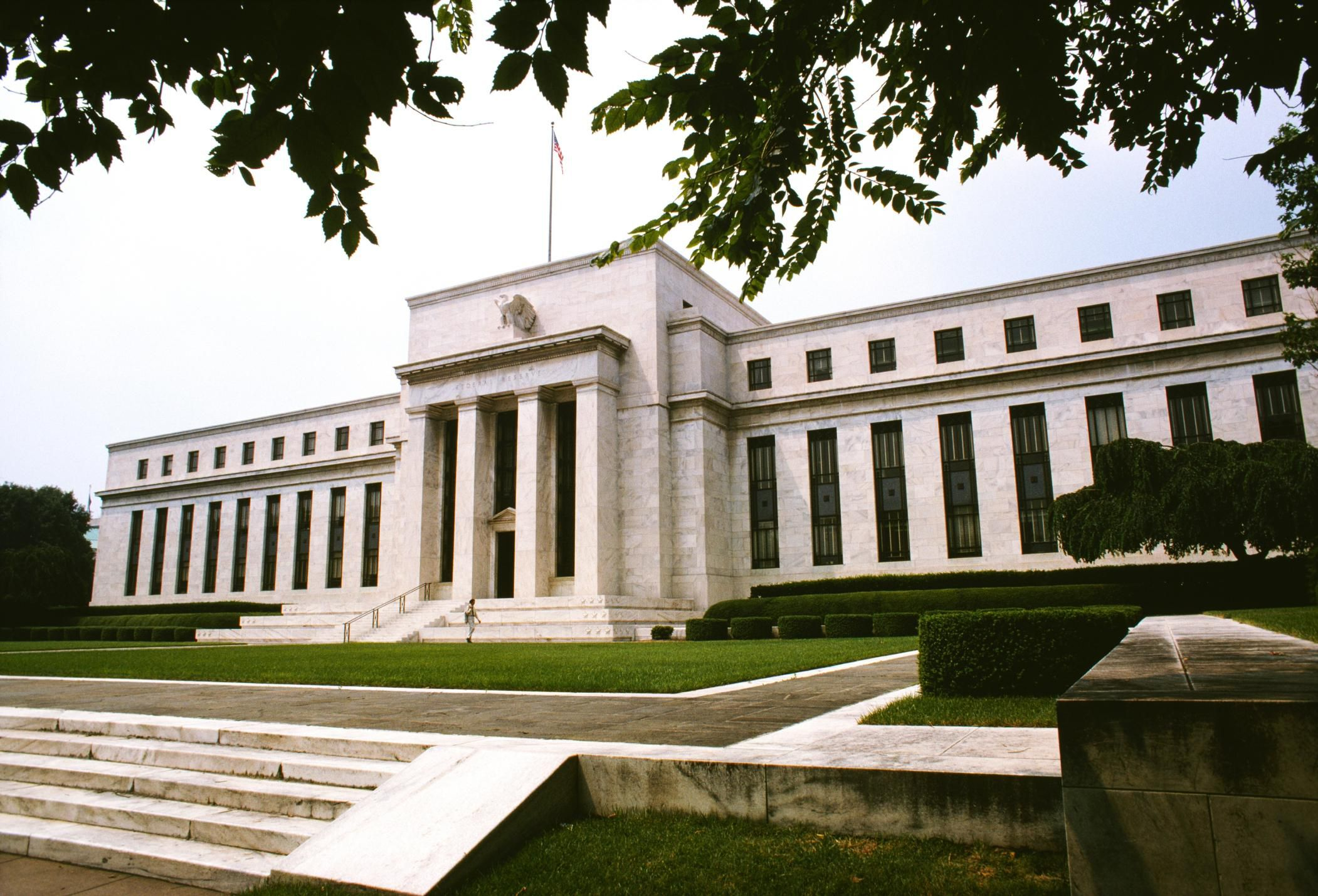 The Function Of The Federal Reserve System In The Us Economy