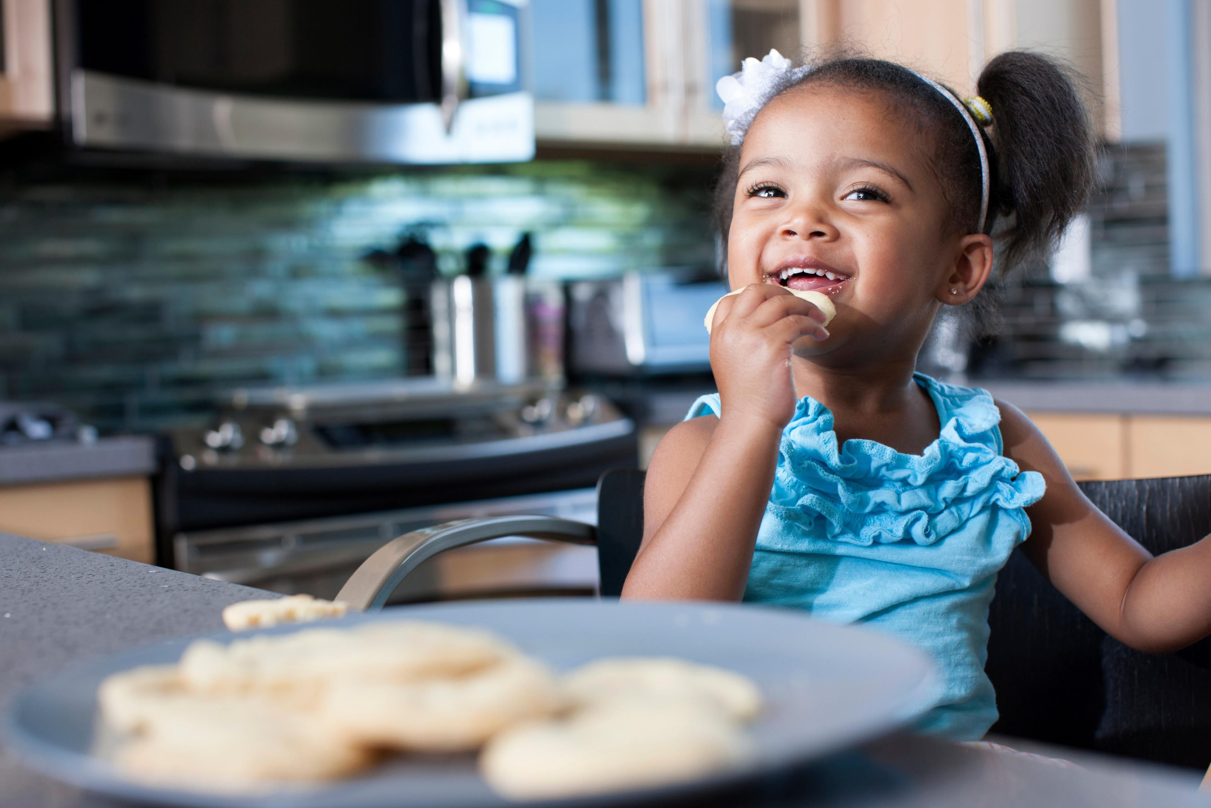 Table Manners For Preschoolers Tips On Teaching