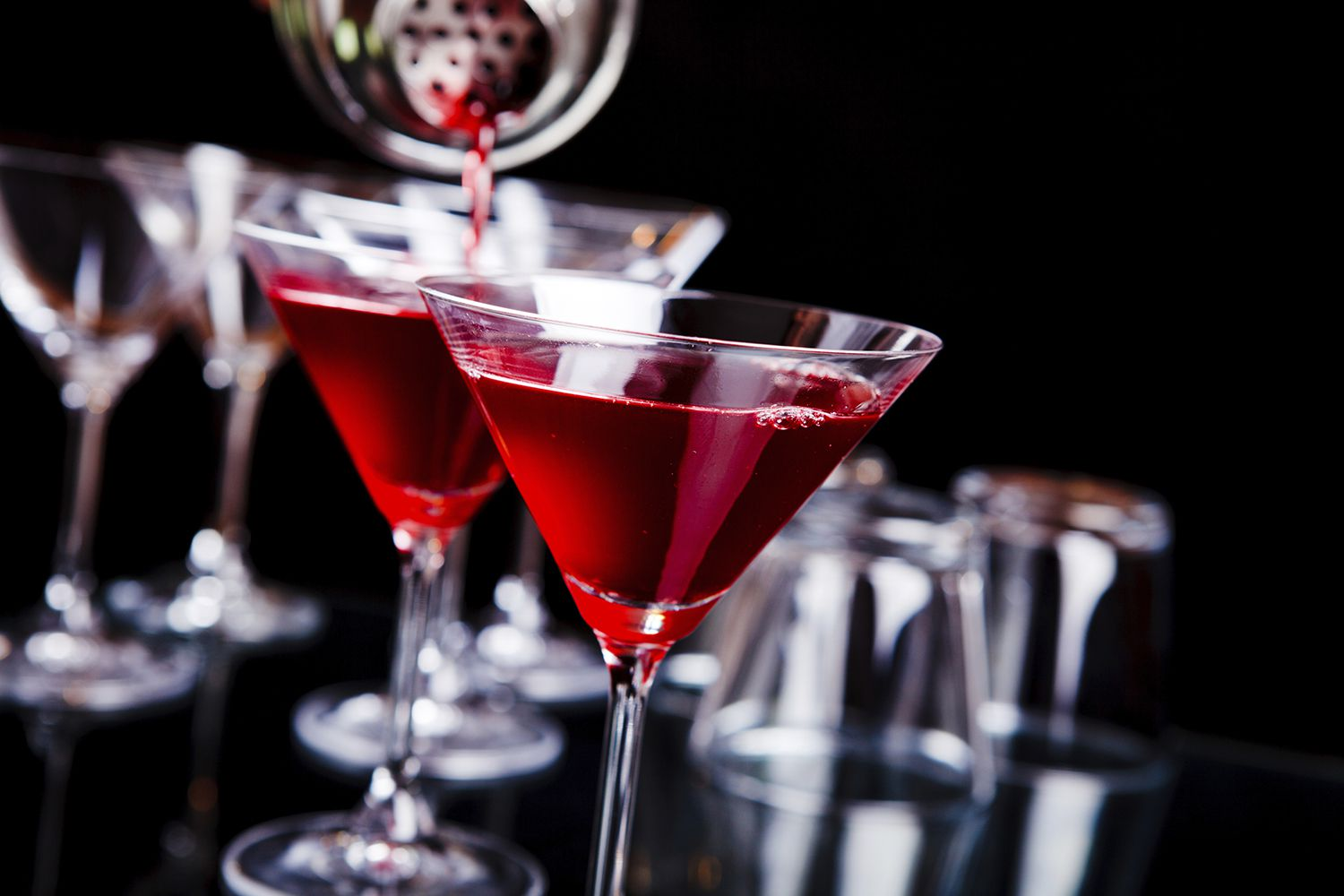7 Unusual Cocktails For The Adventurous Drinker