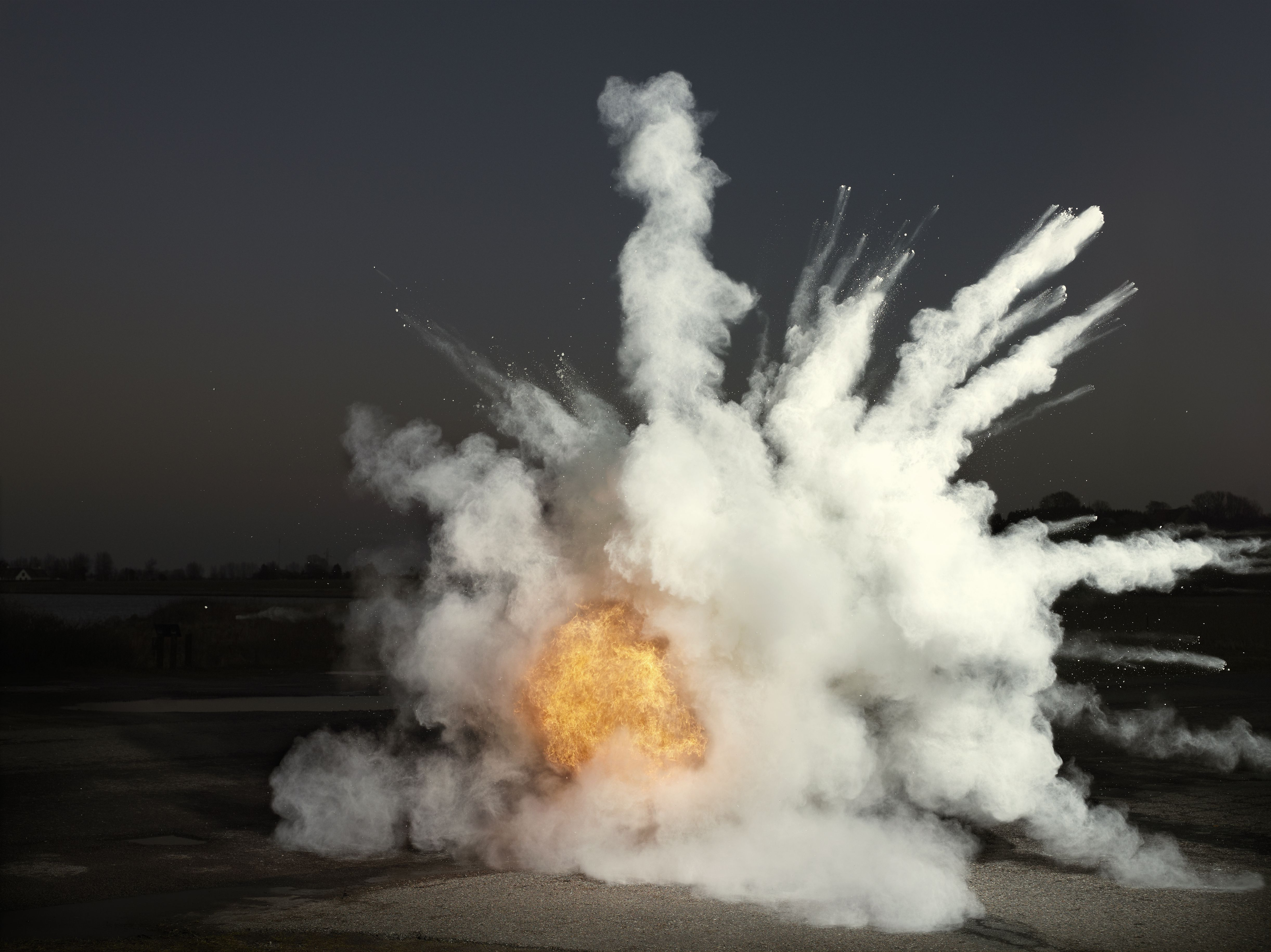 What Is The Difference Between Deflagration And Detonation