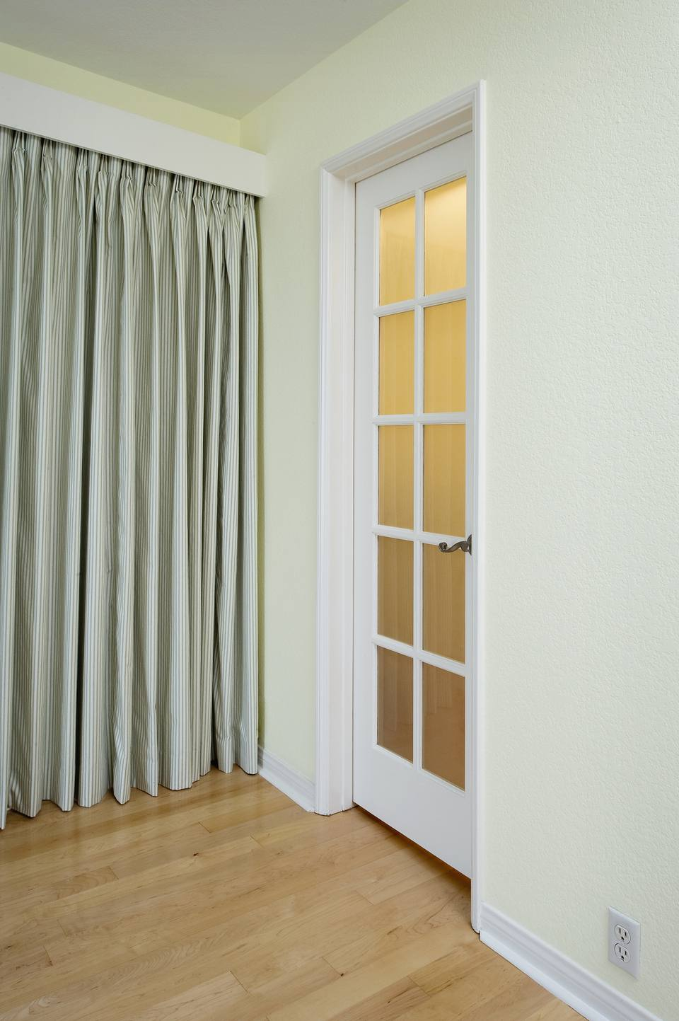 title | Bedroom Door Decorating Ideas