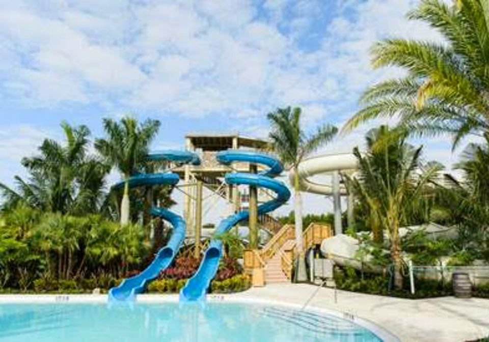 18 Sensational Hotel Pools For Families