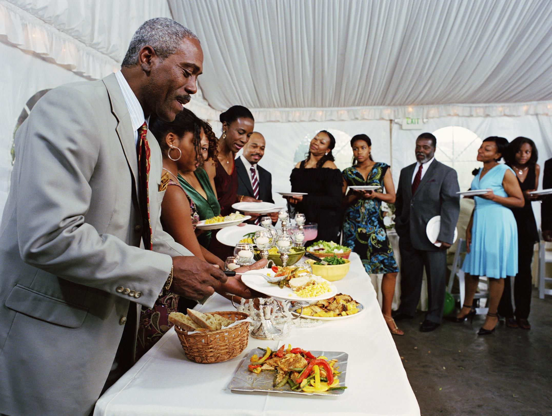 10 Buffet Etiquette Tips And Guidelines