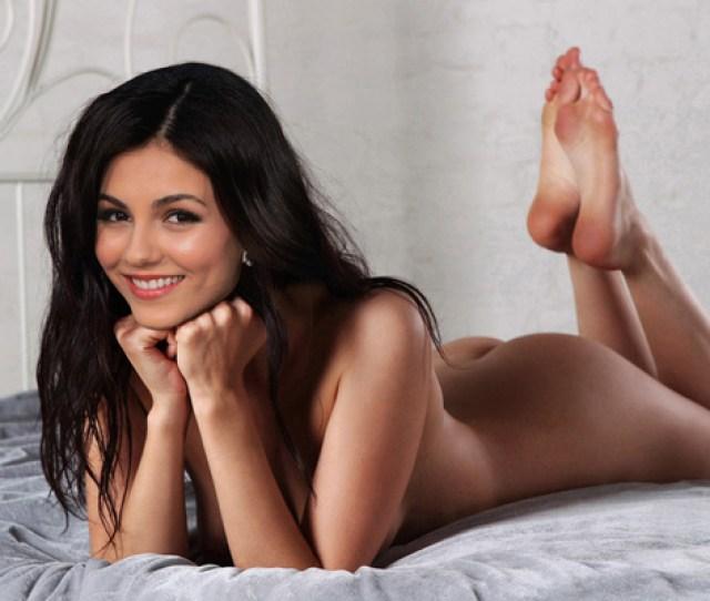 Victoria Justice Victoria Justice Brunette Model Posing Porn Star