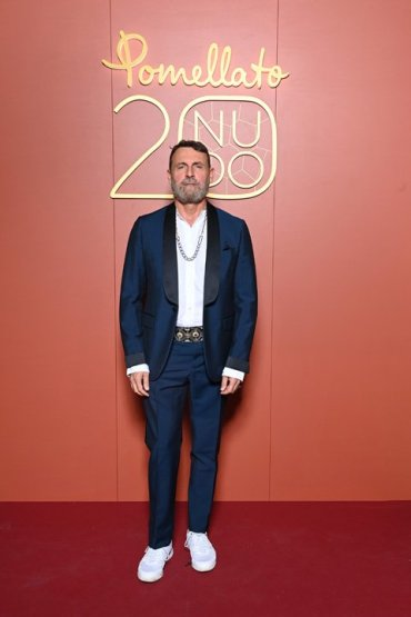 MILAN, ITALY - SEPTEMBER 23: Vincenzo Castaldo attends the Pomellato Nudo 20th Anniversary Event on September 23, 2021 in Milan, Italy. (Photo by Daniele Venturelli/Daniele Venturelli/Getty Images for Pomellato )